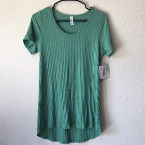 LuLaRoe Green Ribbed Classic T - medium